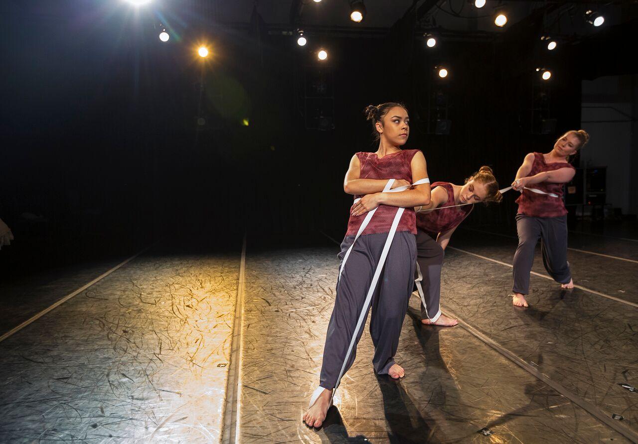Sac State dance performance