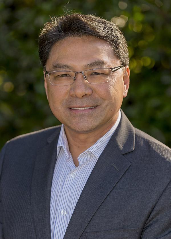 Mike Lee portrait