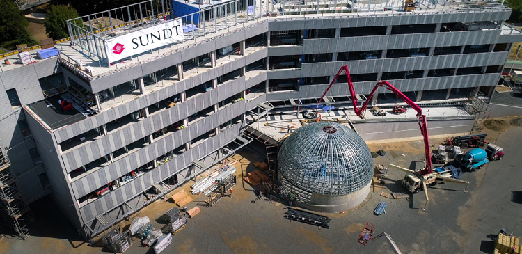 This video shows the evolution of the Ernest E. Tschannen Science Complex construction.